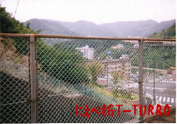日見峠の廃屋跡にえべすGT-TURBO2