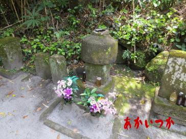 流人墓地3